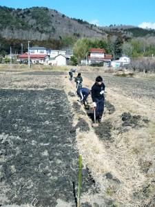 第10次201202際前用水路づくり