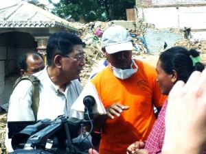 ネパール ダラムサリィ 娘を亡くした母親 2015年5月14日