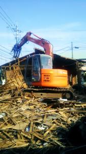 熊本県益城町の解体作業 2016年10月7日 大島健二郎