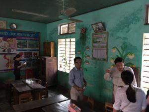 アン・トゥイ小学校 10月31日の稲妻を伴う豪雨
